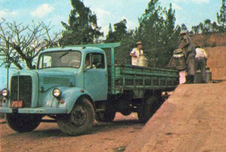 Foto Legenda 04 coluna 3514 - Caminhao Diesel brasil 1956