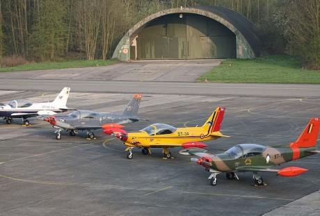 Os SF-260 mostram claramente que também são um Falco (sbap.be)  FALCO F8-L, DE STELIO FRATI SBAP BE   frati 02