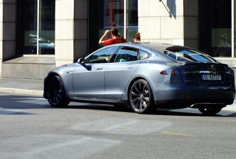 OSLO, PARAÍSO PARA ELÉTRICOS Tesla s 1