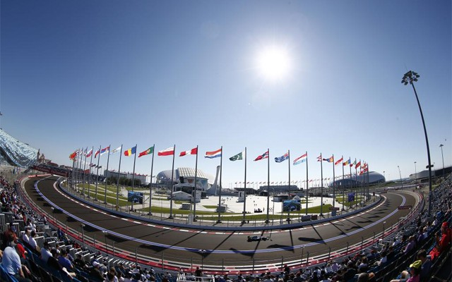 Primeiro GP da Russia foi mais movimentado fora das pistas  (foto Mercedes Benz Media)