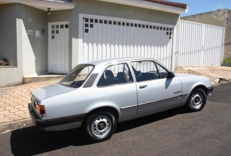 Também não é foto de meu carro, mas idêntico (bomnegocio.com.br)