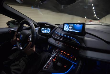 Interior driving  BMW i8, NO USO Interior driving