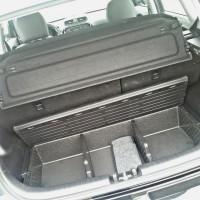 Porta-malas caprichado com capacidade de 686 litros