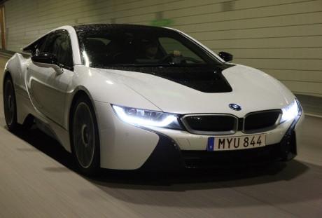 Tunnel 2  BMW i8, NO USO Tunnel 2
