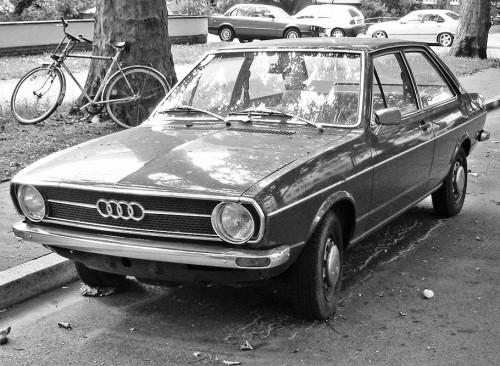 Audi_80_b1_v_sst