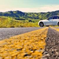 BMW combina com asfalto!