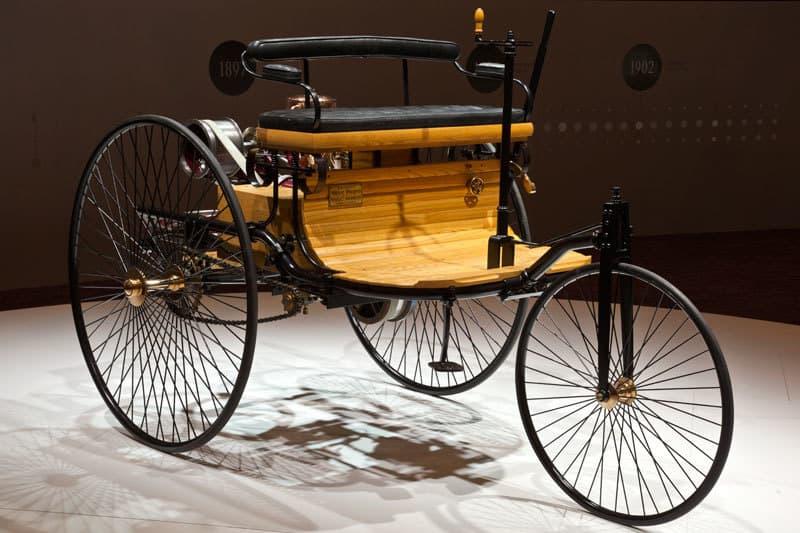 Benz_patent_motorwagen_5771-b