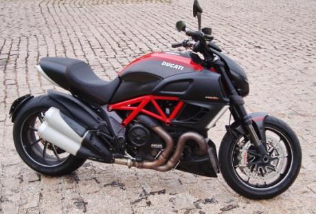 Ducati Diavel (foto: autor)