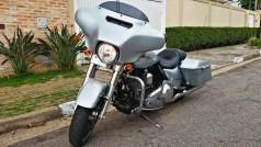 Harley-Davidson-Street-Glide2