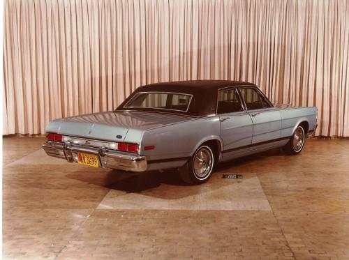 Landau 1979