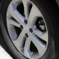 """Rodas de 16"""" com pneus 205/55R16"""