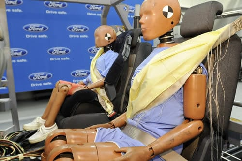 ford-seat-belt-airbag