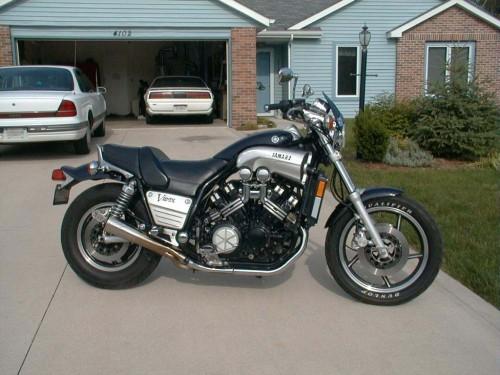O primeiro modelo, de 1985 (motorcycle-usa.com)