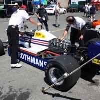 Motorzão Cosworth V-8 na pista