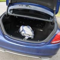 Porta-malas amplo com 480 litros