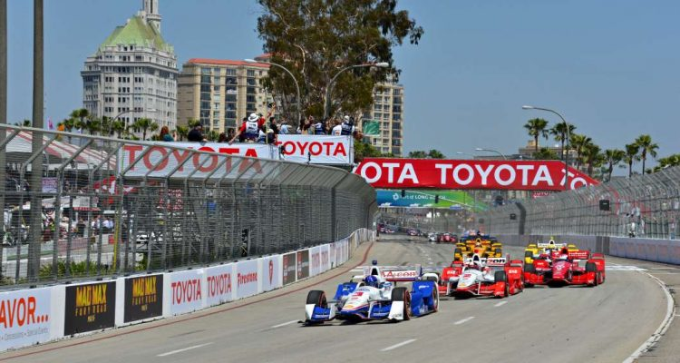 castroneves47LB15_Race Day_Foto_INDYCAR MEDIA