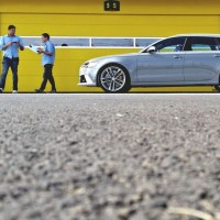 AUDI RS EXPERIENCE 30