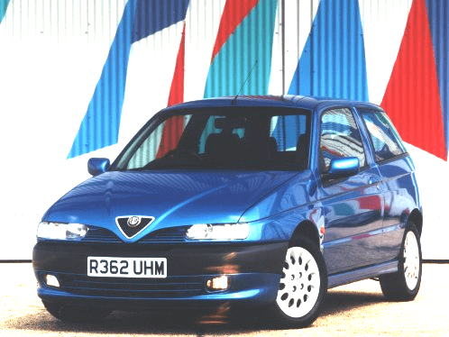 Alfa 145 azul
