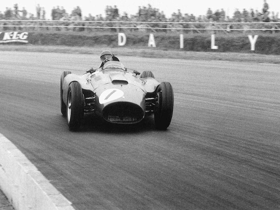 Fangio drifting