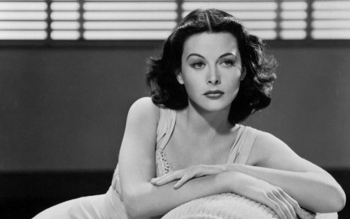 Eva já como Hedy Lamarr (fonte: good-wallpapers.com)