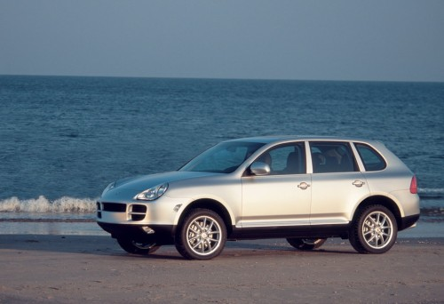 Porsche-Cayenne_2003_1024x768_wallpaper_02