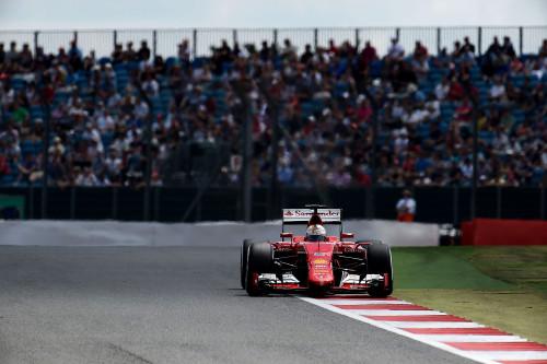 Vettel veio pelas beiradas e conquistou mais um pódio (foto Studio Colombo/Ferrari Media)  DEBAIXO DA GAROA, UM COPO MEIO CHEIO, MEIO VAZIO 150070  gbr