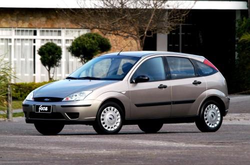 Ford Sao Paulo Lancamento do Modelo 2004 do Ford Focus GL 1.6 Hatch  MOLAS, O BALANÇO NECESSÁRIO ford focus gl