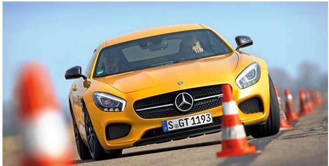 mercedes lane change