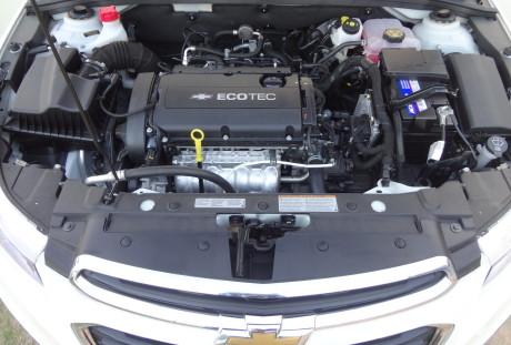 Motor Ecotec. Elástico. Consumo razoável  CHEVROLET CRUZE SPORT6 LT, NO USO DSC03080