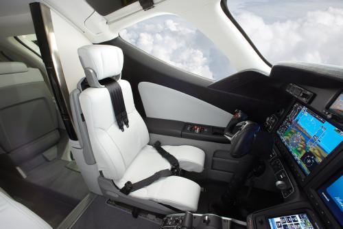 HondaJet Interior - Pilot Seat  HONDAJET, AVIÃO DE ENTUSIASTA HondaJet Interior Pilot Seat