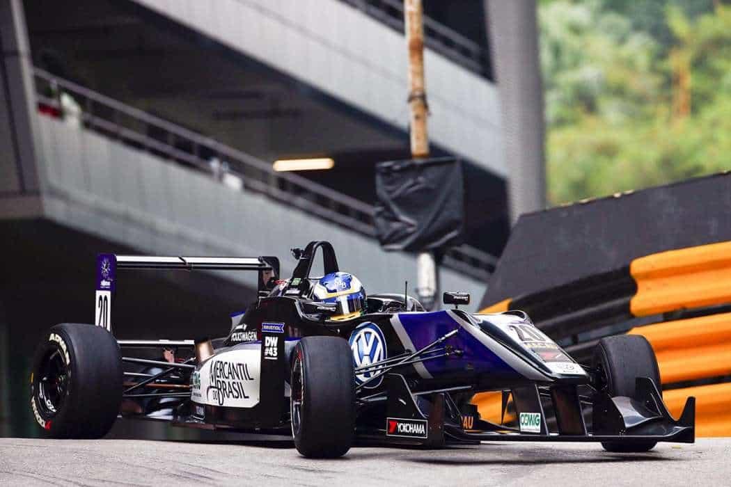 F-3: Sette Camara, novo recordista de Macau (Foto Divulgação)  LAVOISIER SEMPRE PRESENTE Coluna20151124 F3 SergioSette