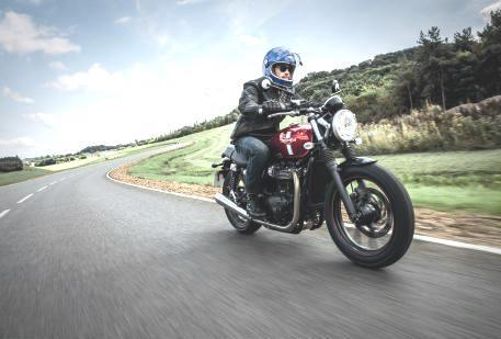 Rider  TRIUMPH BONNEVILLE 2016: 100% NOVAS, MAS IGUAIS Rider