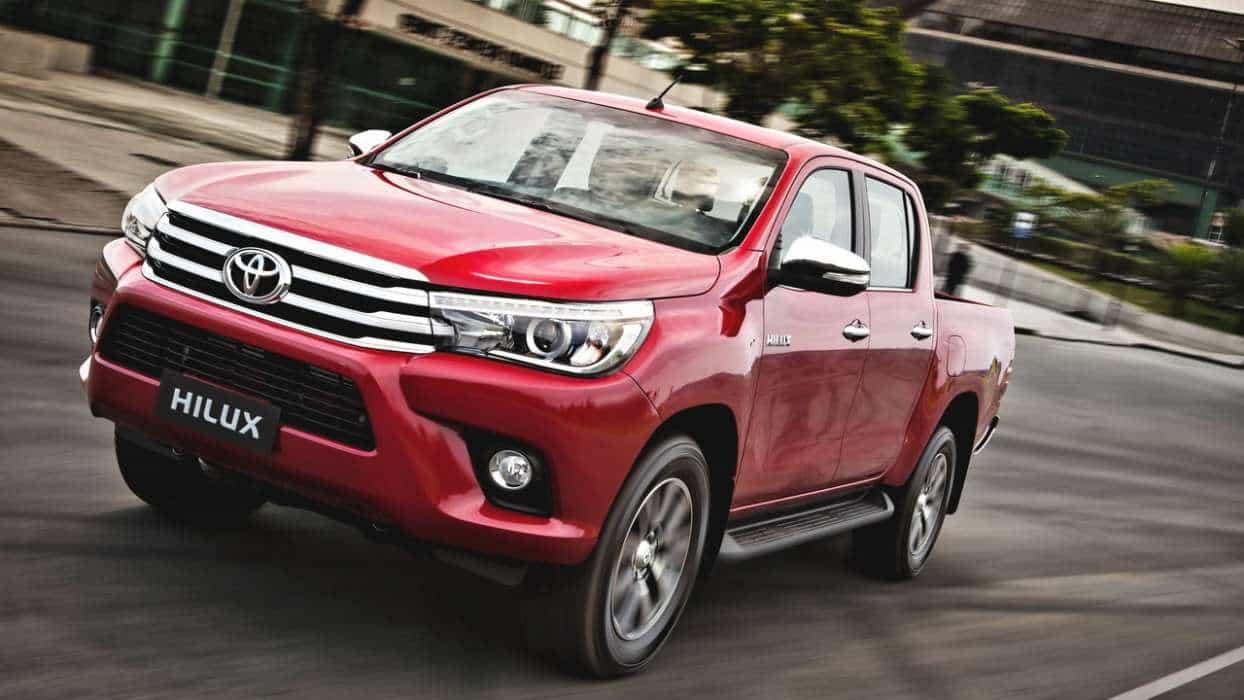 Um bom desempenho com excelente consumo, a confirmar com o nosso teste 'no uso' nova toyota hilux srx 2016 TOYOTA HILUX SRX 2016 (COM VÍDEO) Toyota Hilux 8a ger AUTOentusiastas 53