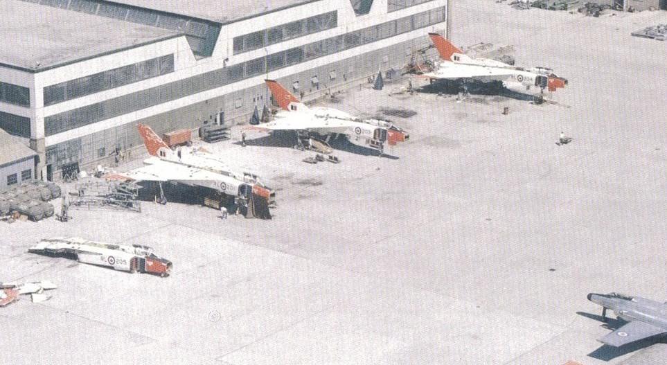 Os Arrow, novinhos, em processo de desmontagem (zurakowskiavroarrow.com) Avro arrow AVRO ARROW E O CANADÁ EM CRISE zurakowskiavroarrow