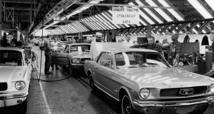 1965-Ford-Mustang-assembly-line-in-Dearborn
