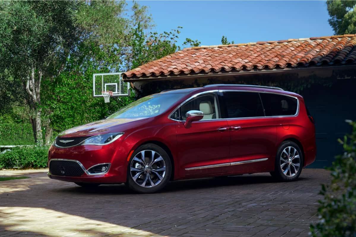 Foto Legenda 05 coluna 0416 - Chrysler Pacifica  VENTOS DE DETROIT Foto Legenda 05 coluna 0416 Chrysler Pacifica