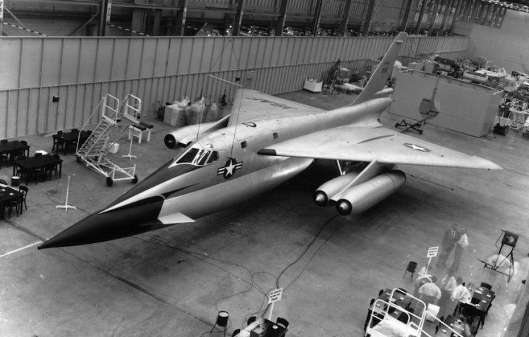 MX-1964  B-58 HUSTLER, O PRIMEIRO BOMBARDEIRO SUPERSÔNICO MX 1964