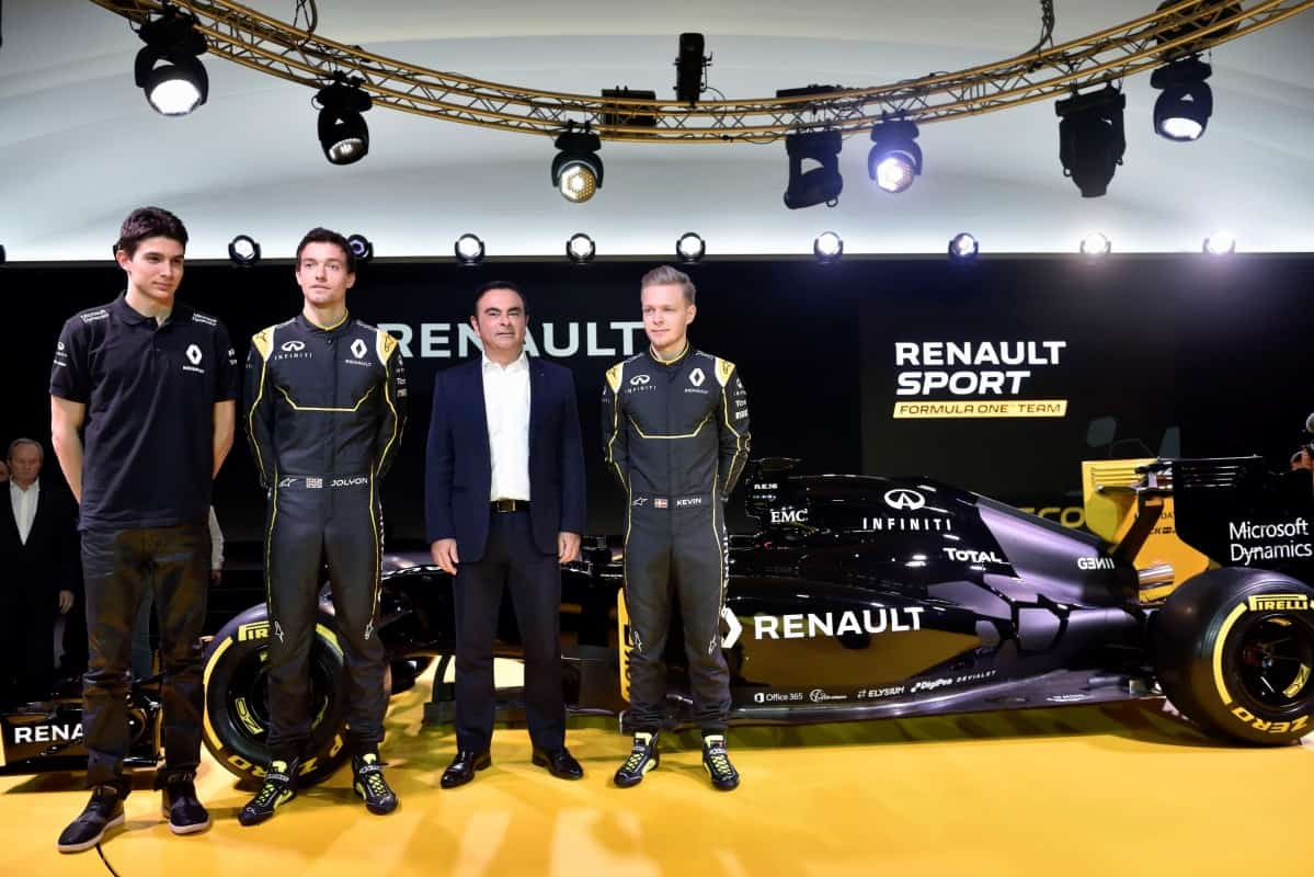 Pilotos da Renault e Carlos Ghosn (Foto Renault)  LE MANS 2016, EXEMPLO A IMITAR Renault 75375 global en