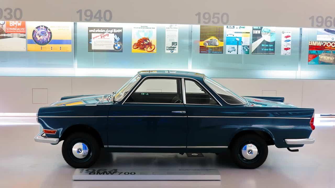 BMW 700 1964 65 01  BMW, 100 ANOS BMW 700 1964 65 01