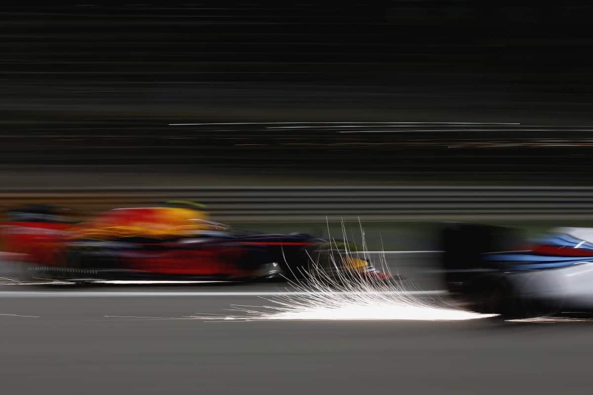 No Campeonato de Construtores a Williams foi ultrapassada pela Red Bull (Foto Williams/Glenn Dunbar   É JUSTO O QUE A TV FEZ COM EMERSON? 20160406 2Williams RedbBull Glenn Dunbar