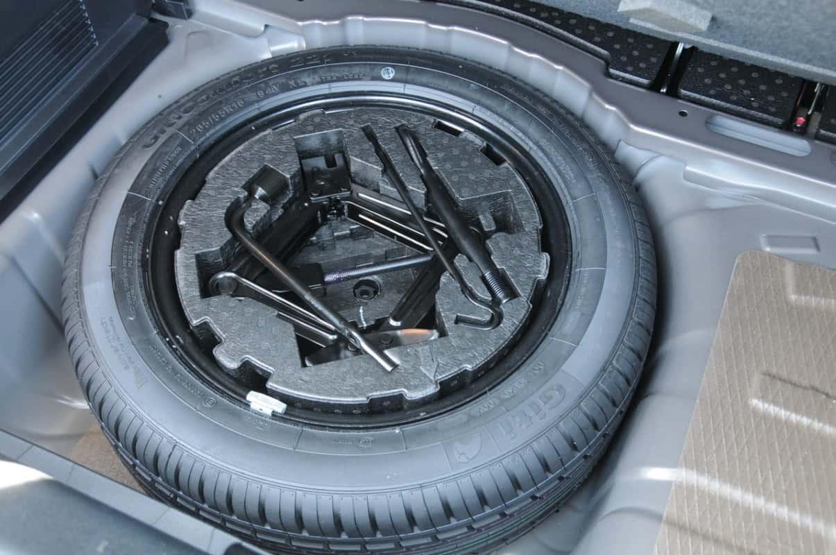 Estepe opercional com roda de aço