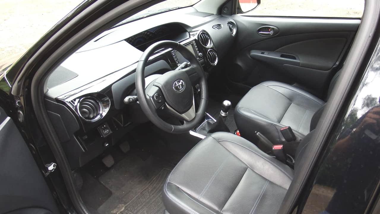 Toyota Etios 06 C