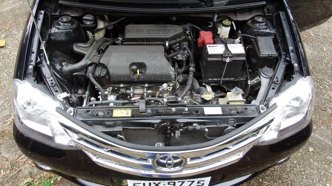 Toyota Etios 16