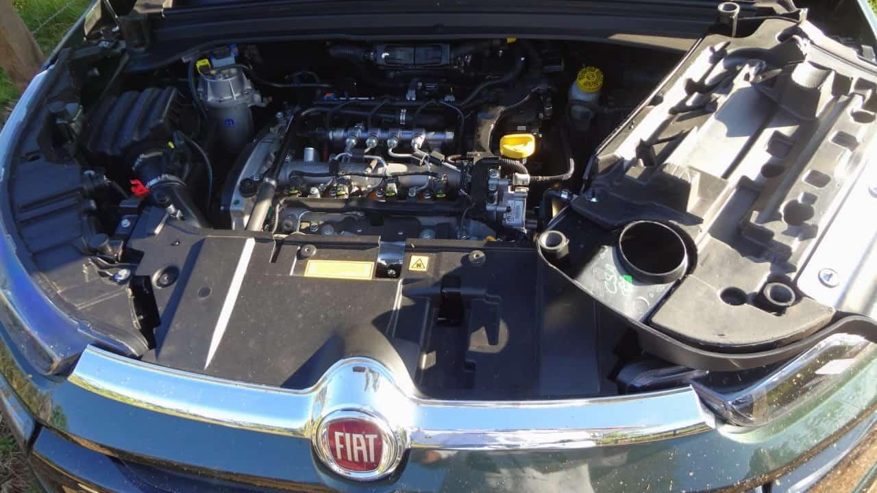 Motor diesel potente e bem isolado