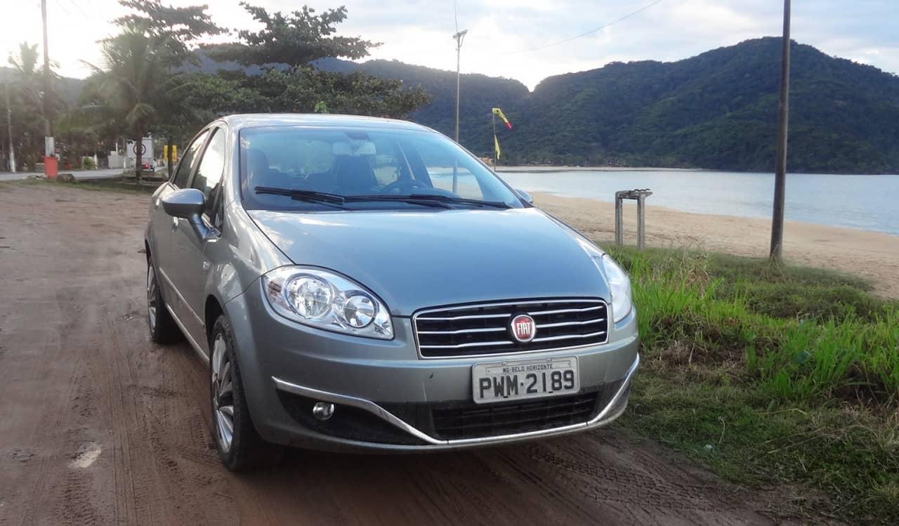 Carro ágil, leve de guiar  FIAT LINEA ABSOLUTE COM CÂMBIO DUALOGIC PLUS, NO USO DSC05137