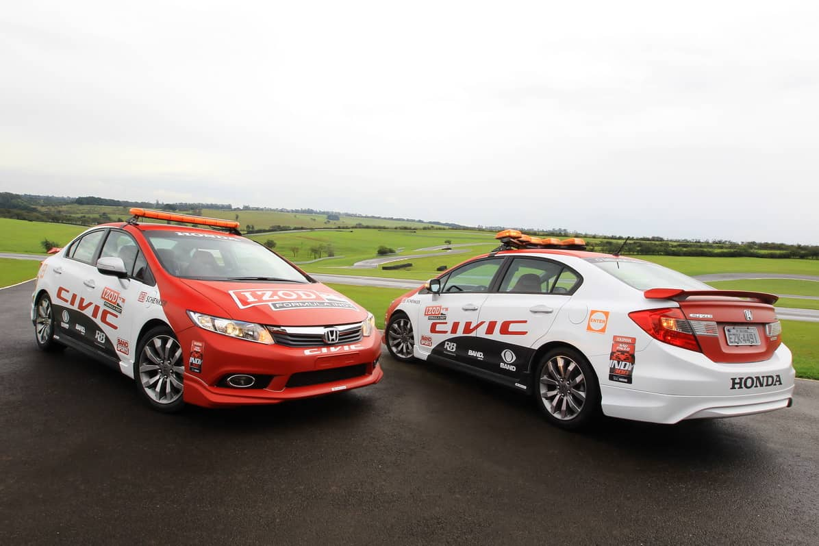 Dois pace-cars