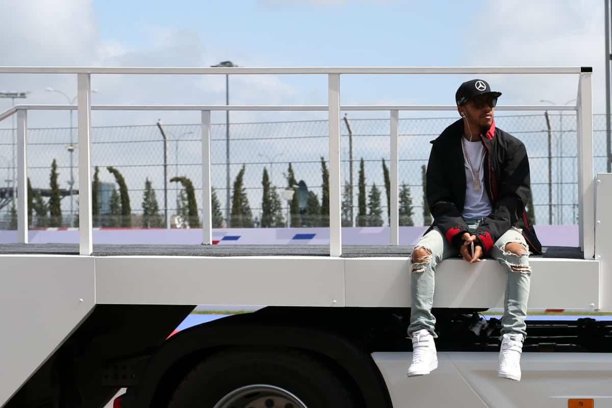 Hamilton conseguiu mais um segundo lugar, seu melhor resultado nesta temporada até agora (Foto Mercedes)