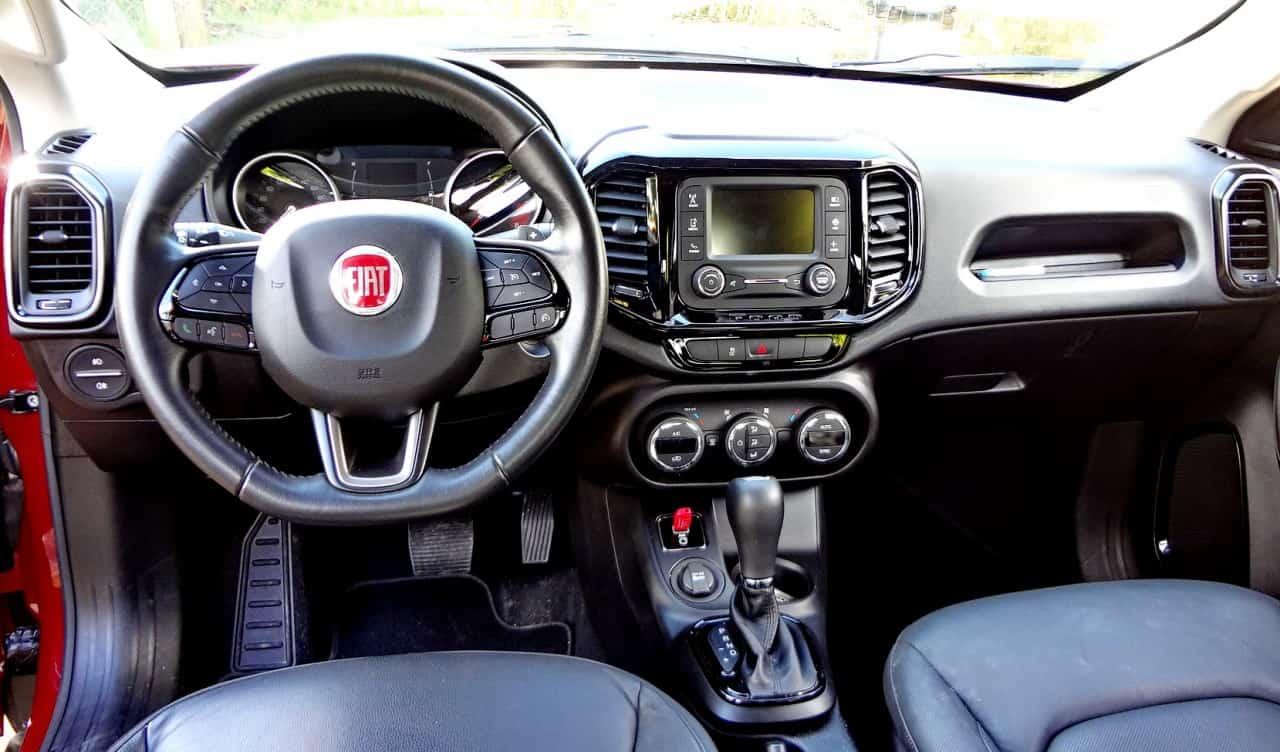 Uma picape para quem gosta de dirigir carro  FIAT TORO FREEDOM 1,8 FLEX, NO USO (COM VÍDEO) TF9
