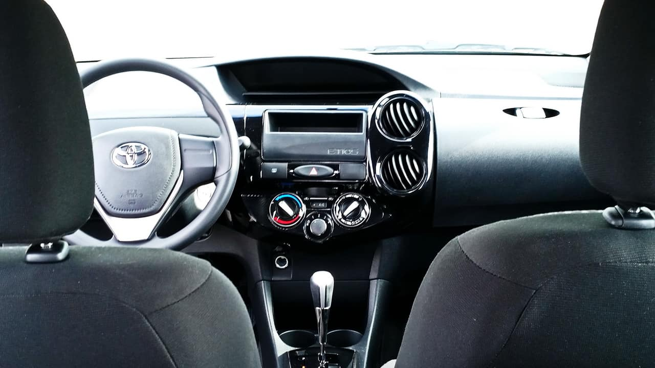 Toyota Etios 26
