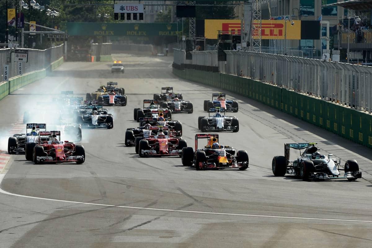 Rosberg, largou na pole, liderou toda a prova e venceu a quinta do ano (Foto Ferrari)